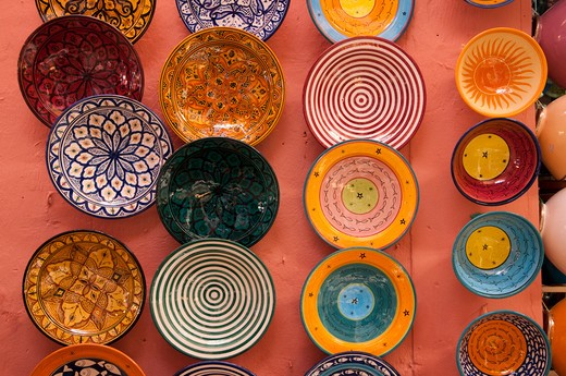 Ceramic bowls at a market stall, Medina, Marrakesh, Morocco : Stock Photo