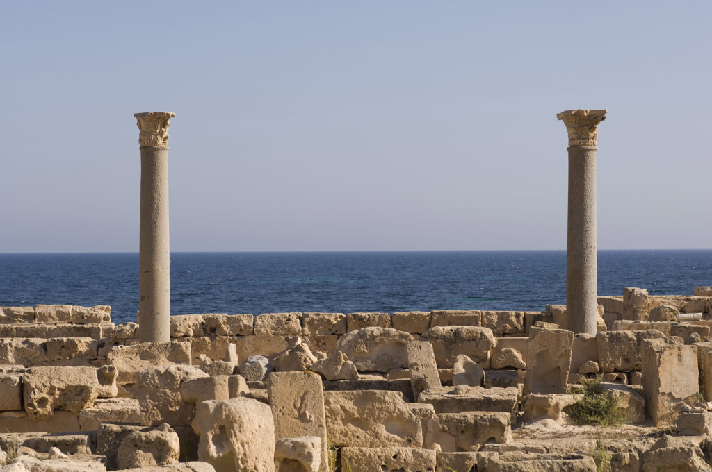 Stock Photo: 1345R-1369 Ruins of buildings in an ancient Roman city, Sabratha, Tripolitania, Libya