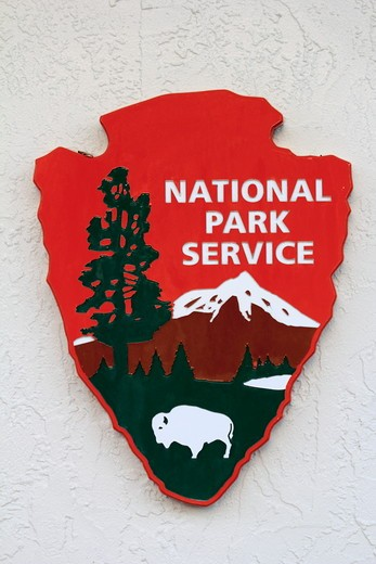Stock Photo: 1346-1373 Close-up of national park service sign, Florida, USA
