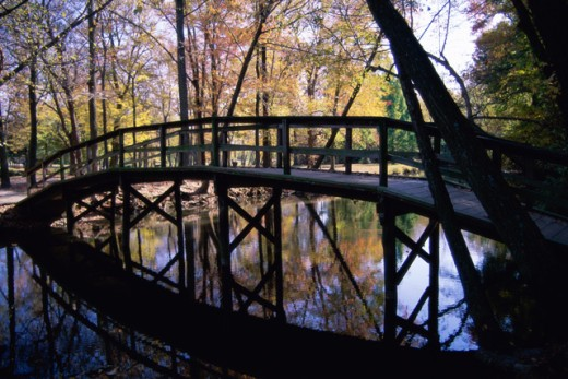 Stock Photo: 1365R-168B Footbridge at Silver Lake Park, Dover, Delaware, USA