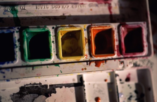 Close-up of a watercolor paint palette : Stock Photo