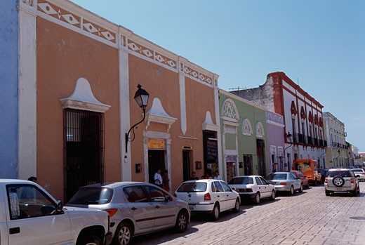 Cars parked in front of buildings, Campeche, Mexico : Stock Photo