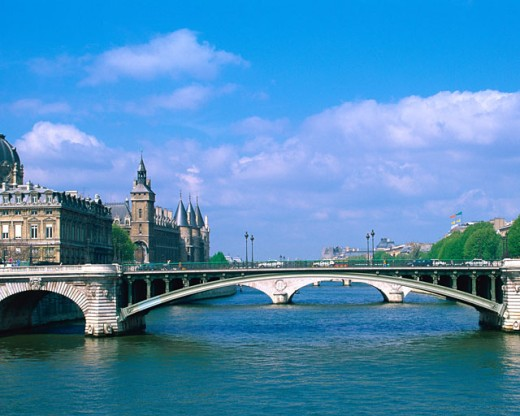 Stock Photo: 1397R-29069 Seine River