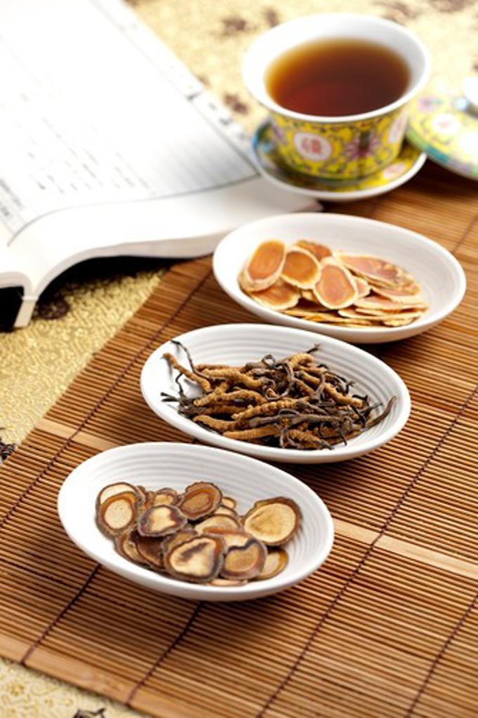 Chinese Caterpillar Fungus, Chinese Herbal Medicine : Stock Photo