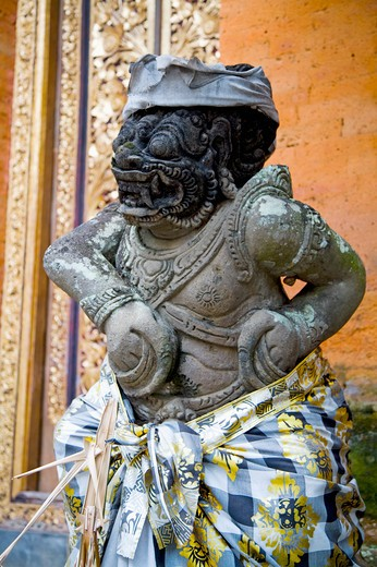 Stock Photo: 1397R-72765 Bali, A sculpture in Ubud Palace