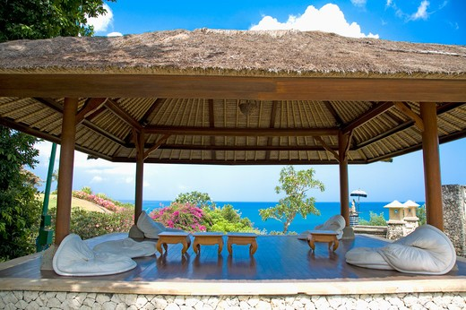 Stock Photo: 1397R-72785 Bali, a thatched-roof pavilion by sea