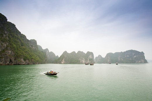 Stock Photo: 1397R-72976 Ha Long Bay, Vietnam, World Natural Heritage