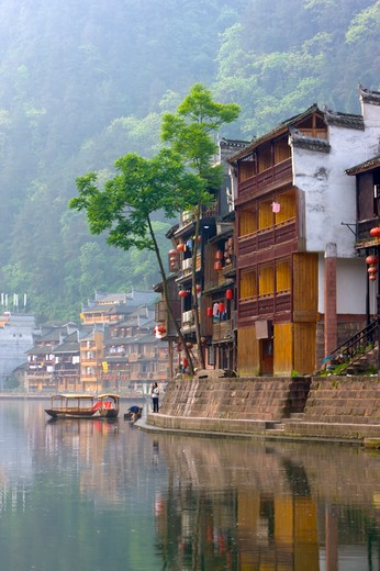 Stock Photo: 1397R-73300 Pheonix Old City, Tuojiang River, Stilted Building, Phoenix County Province, Hunan Province, China, Asia