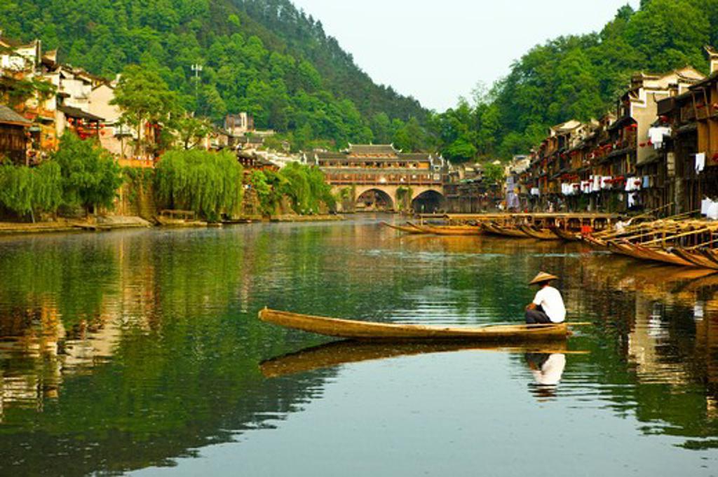 Pheonix Old City, Tuojiang River, Phoenix County Province, Hunan Province, China, Asia : Stock Photo