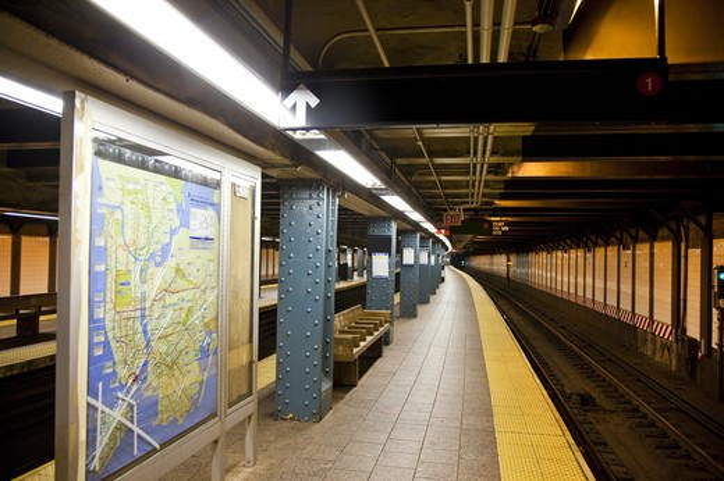Stock Photo: 1397R-74532 Subway Platform, Manhattan, New York City, New York State, USA, North America