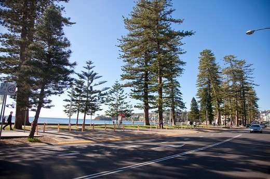 Stock Photo: 1397R-75201 Manly Beach, Sydney, Australia - Australasia