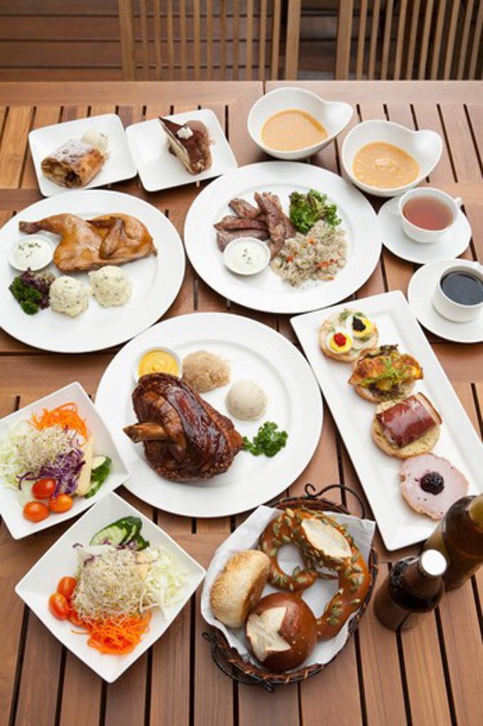 Stock Photo: 1397R-76611 German Food