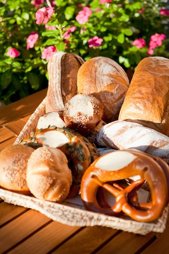 Stock Photo: 1397R-76688 Bread, Pretzel