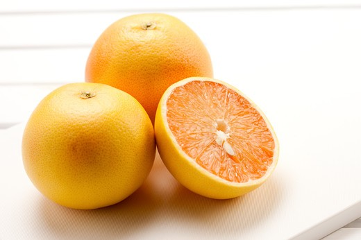 Stock Photo: 1397R-78152 Close-up of grapefruit