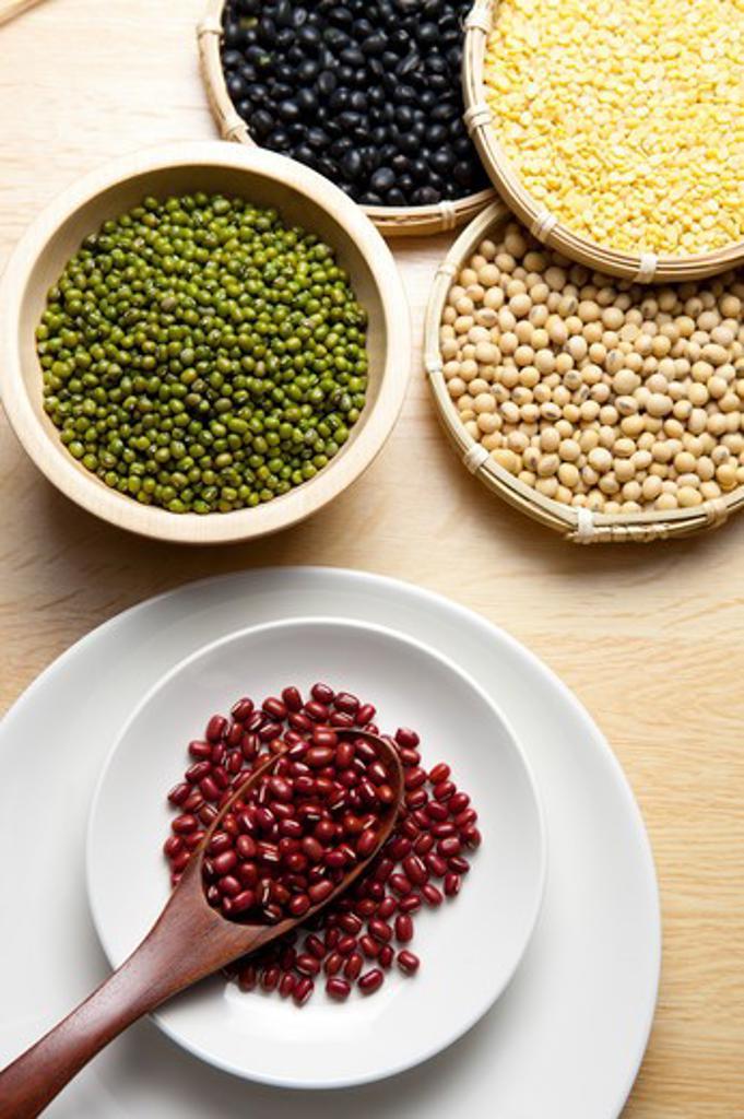 Stock Photo: 1397R-78236 Red Bean, Mung Bean, Soybean, Black Bean