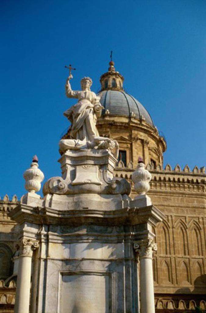 Stock Photo: 1403-355 A stone statue, Palermo, Italy
