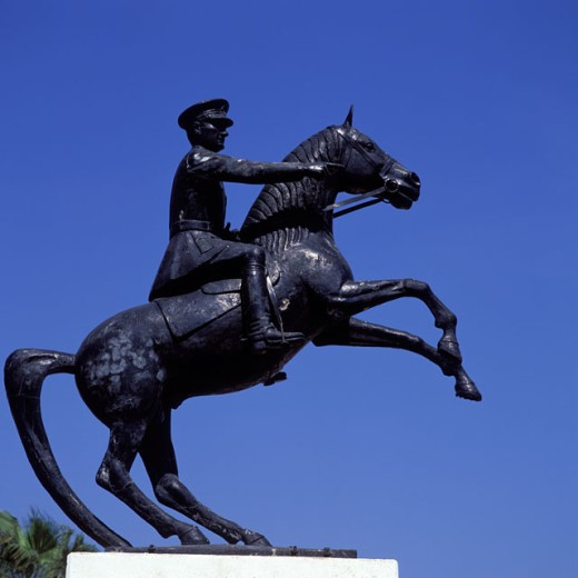 Stock Photo: 1417-546 Ataturk Statue Turkey