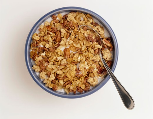 Stock Photo: 1422-474 Close-up of granola with milk in a bowl