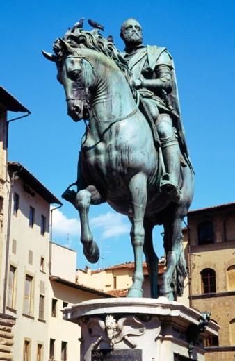 Statue of Cosimo I de Medici Piazza della Signoria Florence Italy : Stock Photo