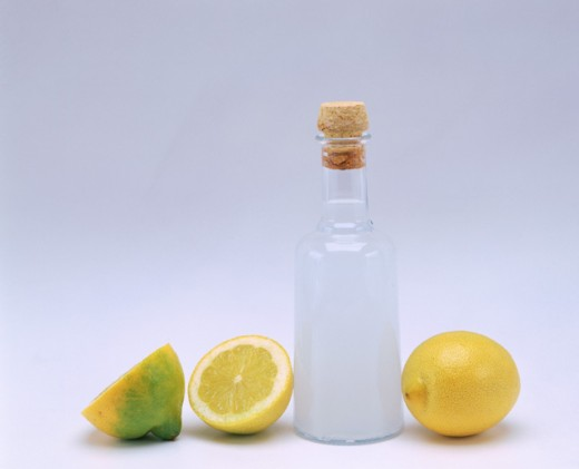 Lemon vinegar : Stock Photo