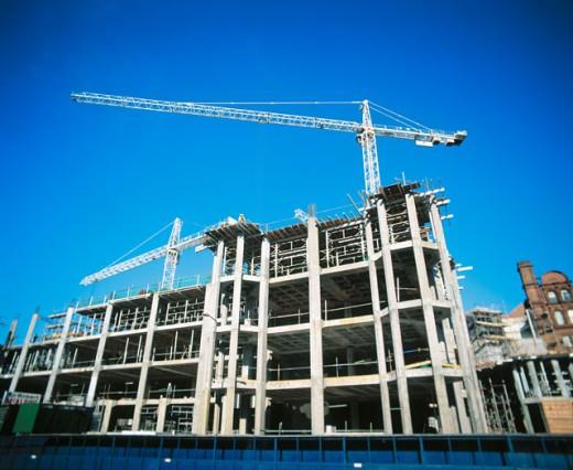 Concrete framework, offices under construction : Stock Photo
