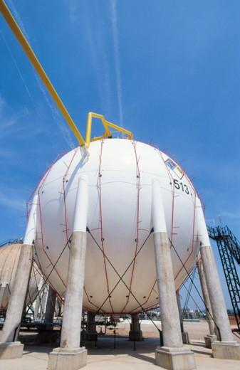 Stock Photo: 1436R-212006 Gas tanks. Repsol-YPF oil refinery. Tarragona province. Spain