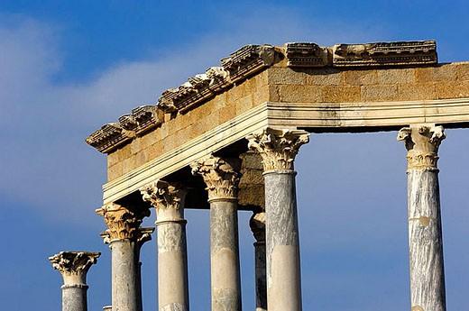 Stock Photo: 1436R-259402 Ruins of Roman theatre, Mérida. Badajoz province, Extremadura, Spain