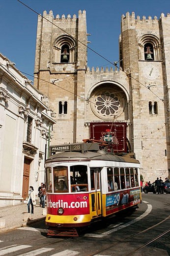 Stock Photo: 1436R-274966 Sé cathedral, Lisbon. Portugal