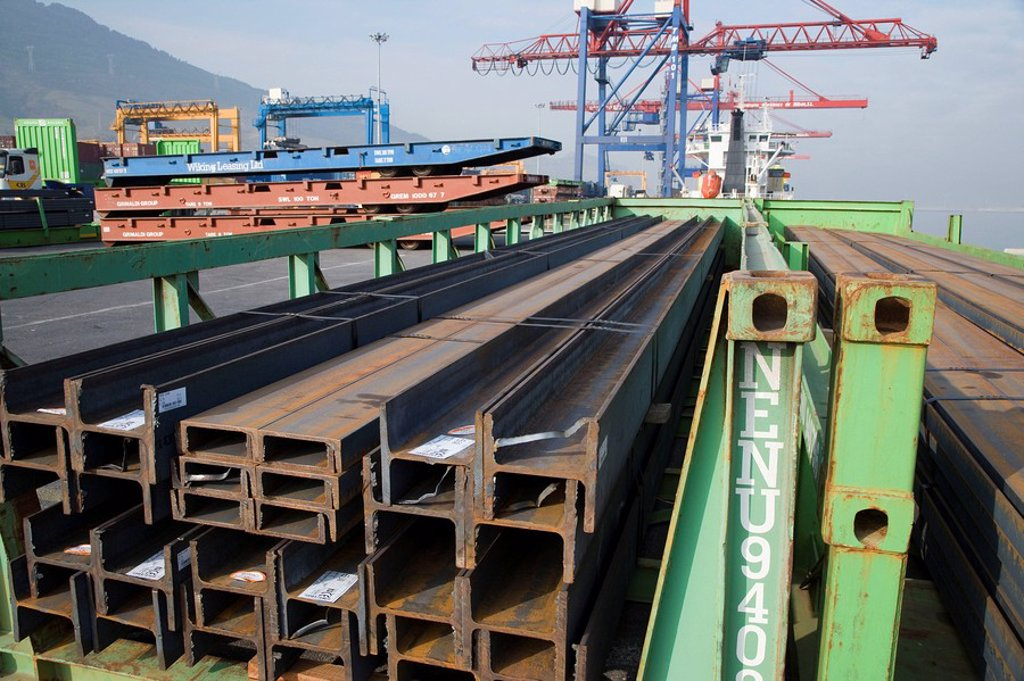 Stock Photo: 1436R-276467 Steel beams, Port of Bilbao, Santurtzi. Biscay, Euskadi, Spain