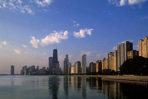 THE LOOP SKYLINE. LAKE MICHIGAN. CHICAGO ILLINOIS. USA : Stock Photo
