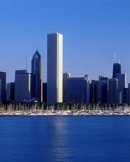 LAKESHORE SKYLINE. DOWNTOWN CHICAGO. ILLINOIS. USA : Stock Photo