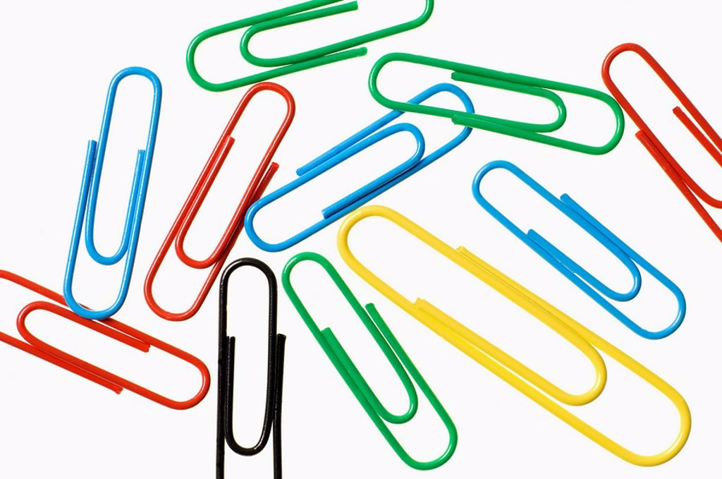 Stock Photo: 1436R-298700 Paper clips on white background