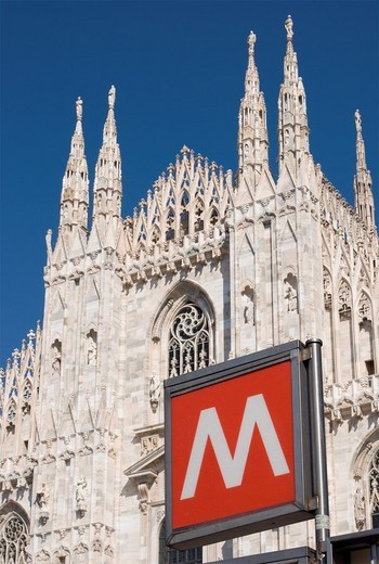 Duomo cathedral and metro sign - Piazza del Duomo - Milan - Italy : Stock Photo