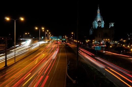 Stock Photo: 1436R-300719 Night traffic on Highway 94 in Minneapolis with the Basilica of Saint Mary