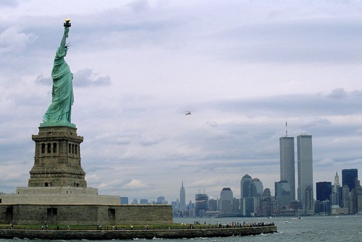 Usa new york manhattan and the statue of liberty in 1988 : Stock Photo
