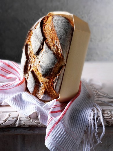 Stock Photo: 1436R-304478 Artisan organic Yorkshire cobble bread loaf