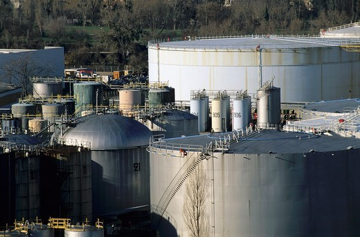 Stock Photo: 1436R-306919 France paris suburbs nanterre oil tanks