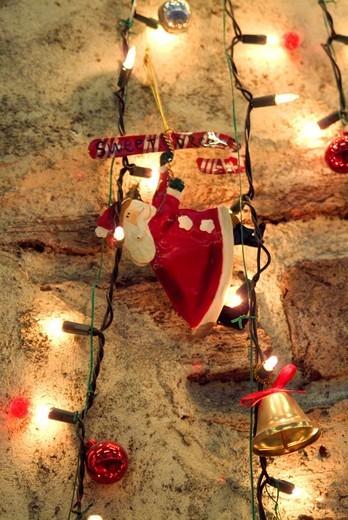 Stock Photo: 1436R-328175 Christmas lights