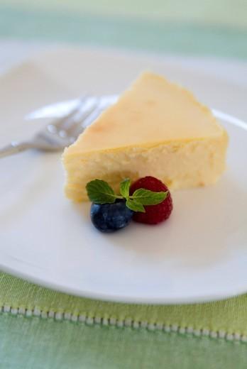 Stock Photo: 1436R-328701 Cheesecake