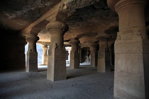 Stock Photo: 1436R-341623 Elephanta Caves, Mumbai, India
