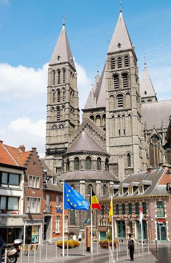 Stock Photo: 1436R-348775 Notre Dame cathedral. Tournai. Hainaut, Belgium