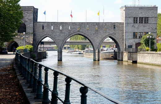 Pont des Trous bridge over Escaut river. Tournai. Hainaut, Belgium : Stock Photo
