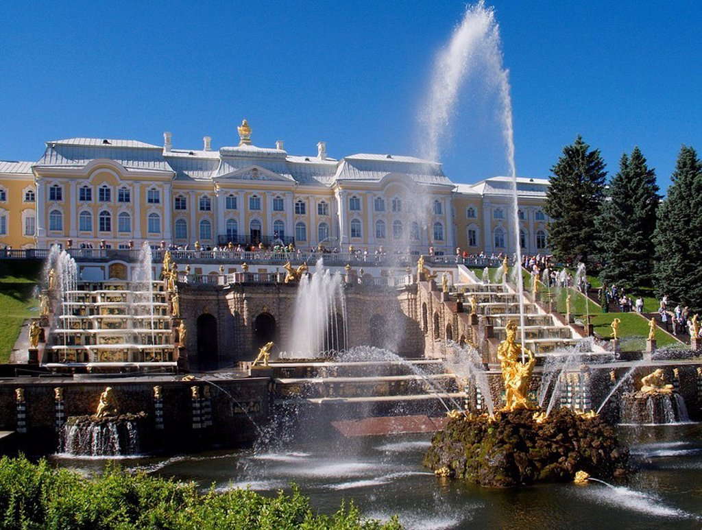Stock Photo: 1436R-355975 The Samson Fountain and Great Cascade, Peterhof Palace, St Petersburg, Russia