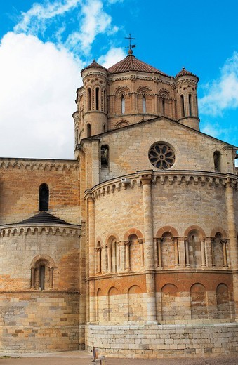 Stock Photo: 1436R-356879 Santa María la Mayor collegiate church  (12th-13th Centuries). Toro. Zamora province, Spain