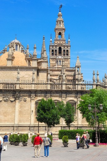 Cathedral and Giralda tower, Seville, Andalusia, Spain : Stock Photo