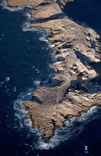 Rocky inlet surrounded by sea, Cape Croisette, Marseille, France : Stock Photo
