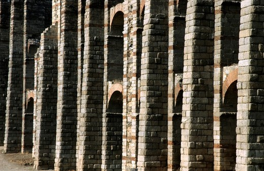 Ruined Roman structure of Acueducto de los Milagros Miraculous Aqueduct Mérida, Spain, : Stock Photo