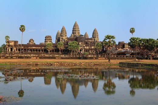 Stock Photo: 1436R-433586 Angkor Wat, Angkor, Siem Reap, Cambodia