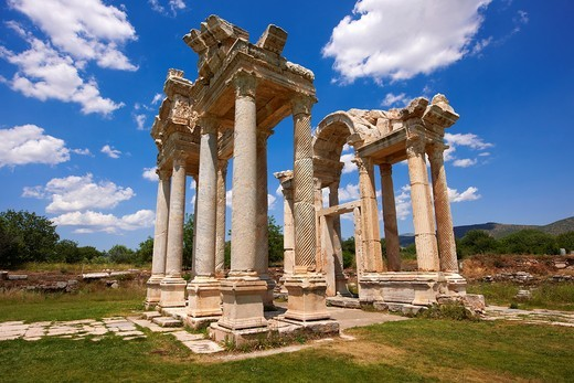 double Tetrapylon Gate 1, Aphrodisias, Turkey A tetrapylon Greek: etp, ´four gates´ is an ancient type of Roman monument of cubic shape, with a gate on each of the four sides: generally it was built on a crossroads : Stock Photo