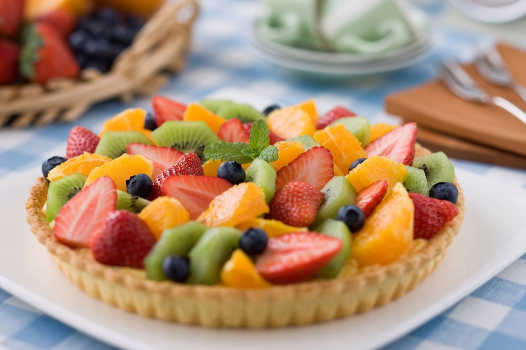 Stock Photo: 1436R-439642 Fruits Tart